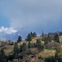 Panorama of the hills overlooking Hood River, Oregon.