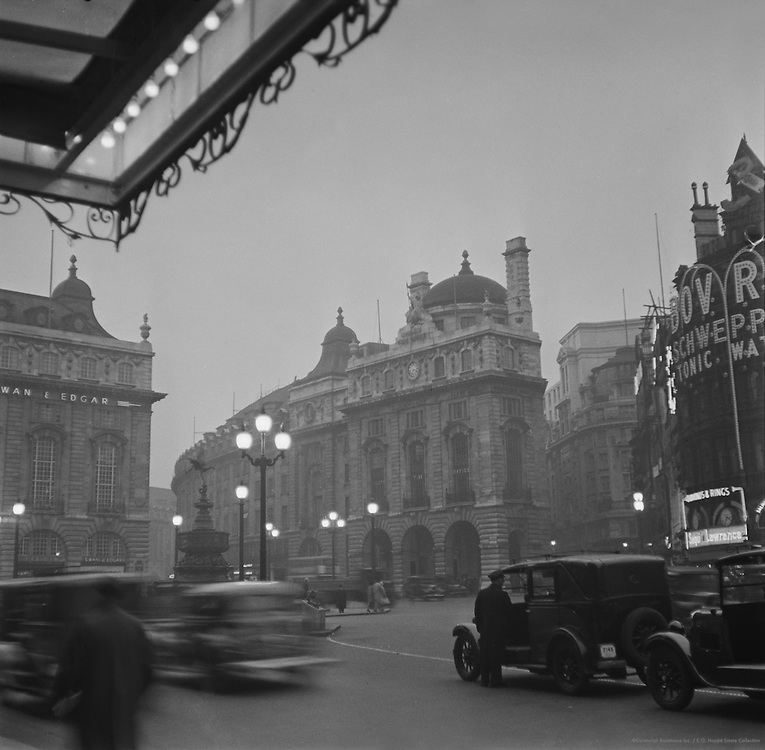 Piccadilly Circus, London, 1936
