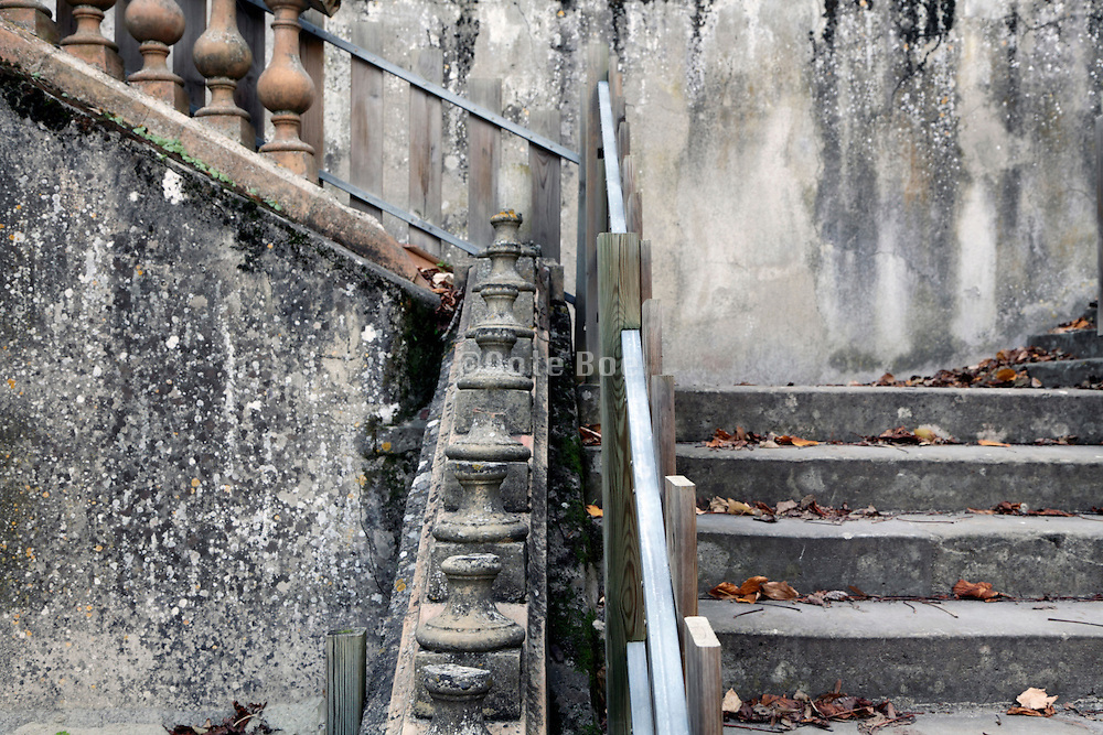 grand stairs in disrepair