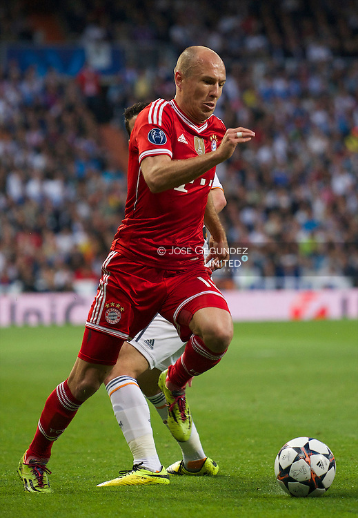 Robben in action during the UEFA Champions League semi final match between Real Madrid and Bayern Munich at Santiago Bernabeu stadium on April 23, 2014 in Madrid, Spain