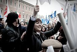 Roma 20.03.2010 Italy - Manifestazione del Popolo delle Libertà voluta da Silvio Berlusconi. Nella Foto: Renata Polverini in mezzo ai manifestanti. Foto Giovanni Marino