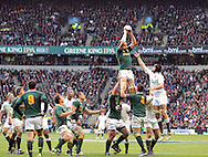 © SPORTZPICS /Seconds Left Images 2010 Victor Matfield (capt) takes clean lineout ball for SA -  England v South Africa  - Investec Challenge Series - 27/11/20110 - Twickenham Stadium  - London - All rights reserved.