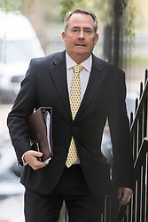 Downing Street, London, October 25th 2016. International Trade Secretary Liam Fox arrives at 10 Downing Street for the weekly cabinet following a Heathrow Third Runway Sub-Committee meeting at the same venue.