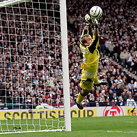 Photo: Tom Ross.Hibernian v Hearts. Tennants Scottish Cup, Semi-Final. 02/04/2006. Hibs keeper, Zbigniew Malkowski, had a very busy afternoon..