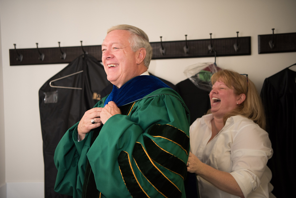 President Nellis and President Assistant Kelli Tackett prepare for the President's Convocation for First-Year Students at the Convocation Center. Photo by Ben Siegel