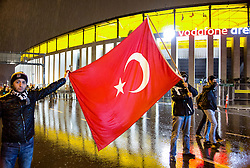 Anti-Terror Proteste in Istanbul - Fussballfans marschieren zum Stadion / 121216<br /> <br /> *** Soccer fans hold Turkish flags to protest Saturday's twin terror attacks as they march toward the blast site near a soccer stadium in Istanbul, Monday, December 12, 2016.  Nearly 44 people, mostly police officers lost their lives after twin bomb attacks outside the stadium in Istanbul Saturday night following a soccer game.  ***