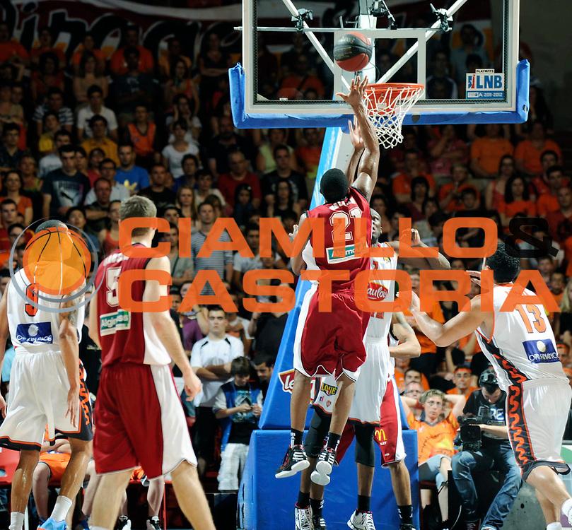 DESCRIZIONE : Championnat de France Pro a Antares Le Mans Play off Demi Finale <br /> GIOCATORE : Nelson DeMarcus<br /> SQUADRA : Cholet<br /> EVENTO : Pro A <br /> GARA : Le Mans Cholet<br /> DATA : 02/06/2012<br /> CATEGORIA : Basketball France Homme<br /> SPORT : Basketball<br /> AUTORE : JF Molliere<br /> Galleria : France Basket 2011-2012 Action<br /> Fotonotizia : Championnat de France Basket Pro A Play off Demi Finale <br /> Predefinita :