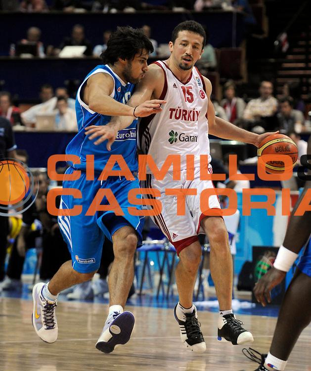 DESCRIZIONE : Katowice Poland Polonia Eurobasket Men 2009 Quarter Final Turchia Turkey Grecia Greece<br /> GIOCATORE : Hidayet Turkoglu<br /> SQUADRA : Turchia Turkey<br /> EVENTO : Eurobasket Men 2009<br /> GARA : Turchia Turkey Grecia Greece <br /> DATA : 18/09/2009 <br /> CATEGORIA : <br /> SPORT : Pallacanestro <br /> AUTORE : Agenzia Ciamillo-Castoria/N.Parausic<br /> Galleria : Eurobasket Men 2009 <br /> Fotonotizia : Katowice  Poland Polonia Eurobasket Men 2009 Quarter Final Turchia Turkey Grecia Greece<br /> Predefinita :