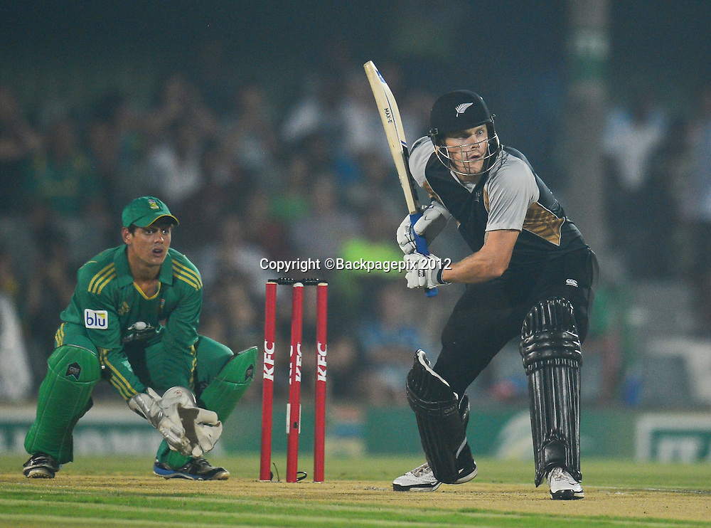 Rob Nicol of New Zealand  of New Zealand during the 2012 KFC T20 International between South Africa and New Zealand at Buffalo Park in East London, South Africa on December 23, 2012 ©Barry Aldworth/BackpagePix