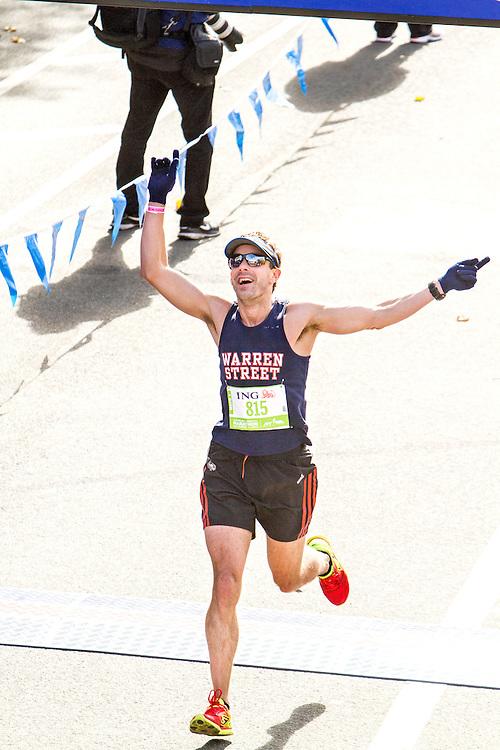 ING New York CIty Marathon: Larry Ikard, CT