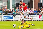 UITGEEST - 09-07-2016, AZ - FC Volendam, Complex FC Uitgeest, AZ speler Alireza Jahanbakhsh, Volendam keeper Hobie Verhulst