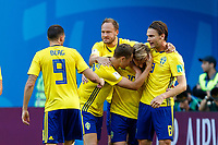 Sankt Petersburg, Russland, 03.07.2018, FIFA Weltmeisterschaft, Achtelfinale, Schweden - Schweiz, jubel um Emil Forsberg (SWE) nach seinem treffer zum 1:0 ( DeFodi507 *** Saint Petersburg Russia 03 07 2018 FIFA World Cup Round of 16 Sweden Switzerland cheers for Emil Forsberg SWE after his strike to 1 0 DeFodi507