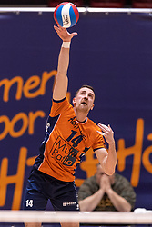 14-04-2019 NED: Achterhoek Orion - Draisma Dynamo, Doetinchem<br /> Orion win the fourth set and play the final round against Lycurgus. Dynamo won 2-3 / Samuel Shenton #14 of Orion