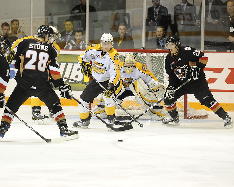 Action from the semi-final game of the 2010 MasterCard Memorial Cup in Brandon, MB on Friday May 21. Photo by Aaron Bell/CHL Images