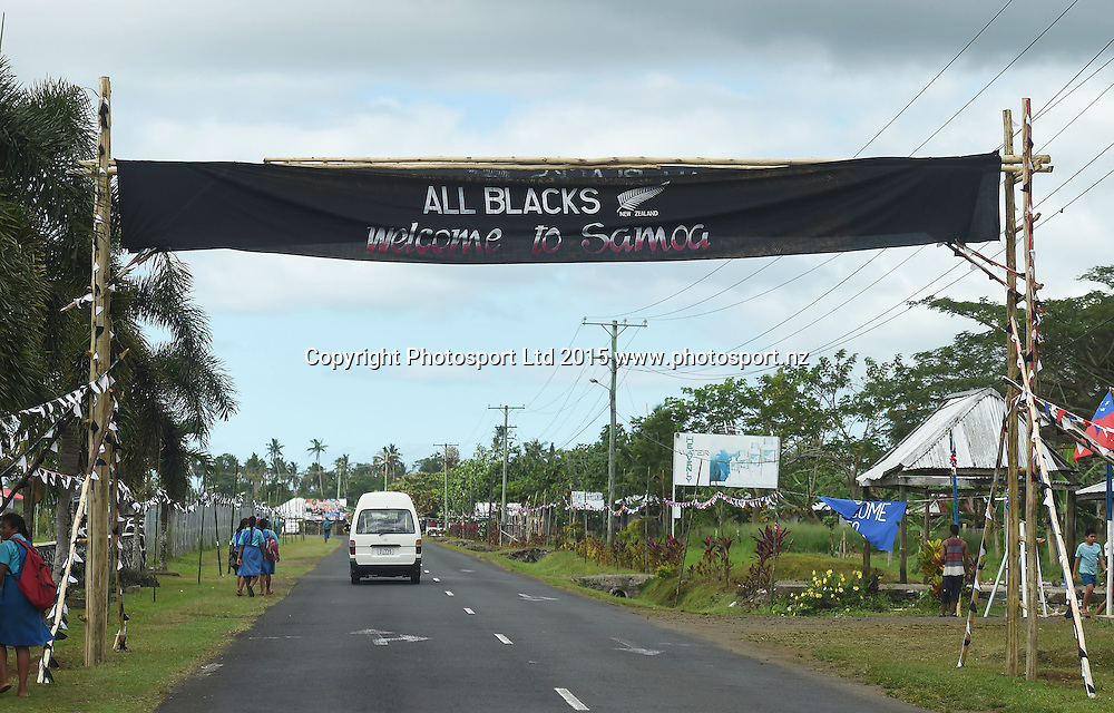 General views on the road into Apia ahead of the historic All Blacks test match against Samoa tomorrow. Apia, Samoa. Tuesday 7 July 2015. Copyright Photo: Andrew Cornaga / www.Photosport.nz