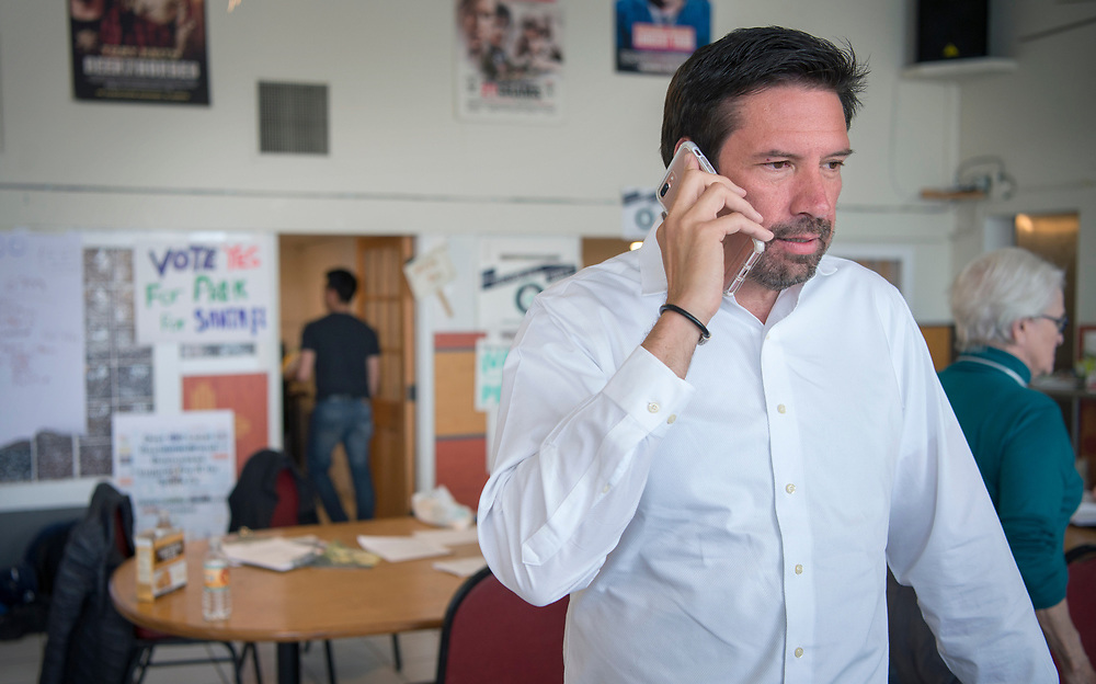 em050217f/a/Santa Fe Mayor Javier Gonzales answers a callers question about how money from a tax on sugary drinks would be spent to fund Pre-K for kids in Santa Fe. This was at the Center for Peace and Justice in Santa Fe, Tuesday May 2, 2017. (Eddie Moore/Albuquerque Journal