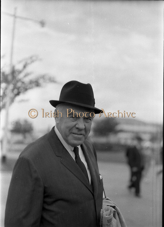 31/07/1962<br /> 07/31/1962<br /> 31 July 1962<br /> Arrival of Mr F. Kirk Johnston, Chairman, Ambassador Oil Corporation and President of Ambassador Irish Oil Company and James Stewart actor and Ambassador shareholder, at Dublin Airport.  Image shows Mr at the airport.
