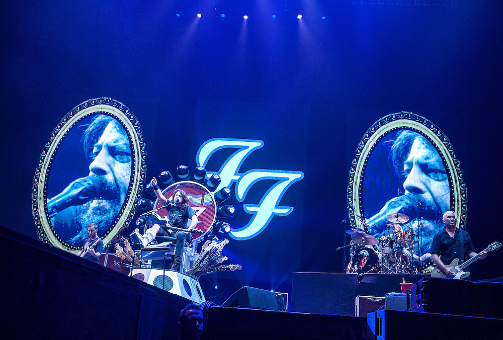 Dave Grohl gives an energetic performance from a throne he designed with the Foo Fighters at Xcel Energy Center in St. Paul August 22, 2015.