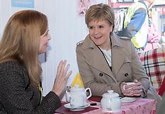 Nicola Sturgeon takes tea | Portobello | 27 April 2016