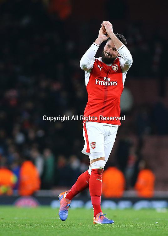 23.11.2016. Emirates Stadium, London, England. UEFA Champions League Football. Arsenal versus Paris Saint Germain. Arsenal Forward Olivier Giroud applauds the Arsenal fans at full time