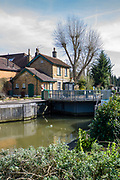 Maidenhead, United Kingdom. General View, GV. Lock Keepers Cottage, Boulters Lock, and the Cut approach to the Lock.<br /> <br /> Friday  06/04/2018<br /> <br /> © Peter SPURRIER<br /> Leica Camera AG M9 Digital Camera. ISO 80    Lens 35mm f1.4 Voigtlander Nokton Classic