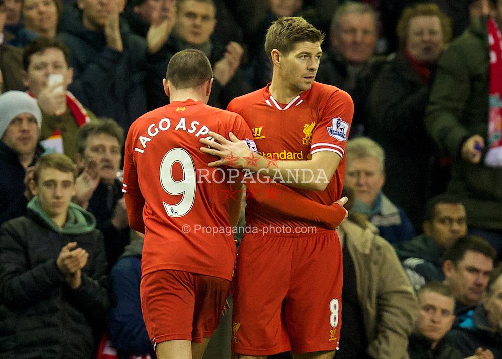 LIVERPOOL, ENGLAND - Wednesday, January 1, 2014: Liverpool's captain Steven Gerrard returns from injury as he replaces Iago Aspas against Hull City during the Premiership match at Anfield. (Pic by David Rawcliffe/Propaganda)