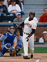 Barry Bonds hits #73, 2001