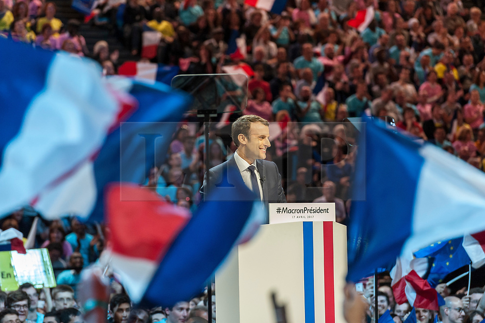© London News Pictures. 17/04/2017. Paris, France. French Presidential Candidate Emmanuel Macron addresses voters  at the Accorhotels Arena 6 days before the first round of presidential elections in France. Photo credit: Karine Pierre/LNP