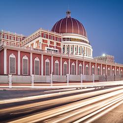 O edifício da nova Assembleia Nacional de Angola, Parlamento