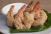 Shrimps with sesame seed with dip