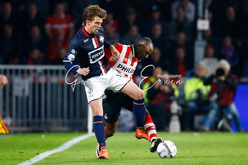 09-04-2016 VOETBAL:PSV:WILLEM II:EINDHOVEN<br /> Jetro Willems van PSV in duel met Lucas Andersen van Willem II <br /> Foto: Geert van Erven