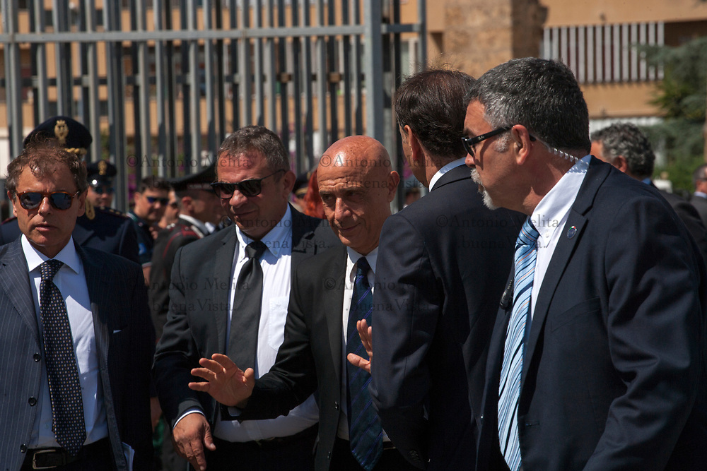 Marco Minniti, ministro degli Interni, arriva nel carcere Ucciardone di Palermo in occasione del 25° anniversario della strage di Capaci del 23 maggio 1992.