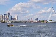 Scheepvaart op de Nieuwe Waterweg bij Rotterdam - Navigation on the Nieuwe Waterweg in Rotterdam, Netherlands