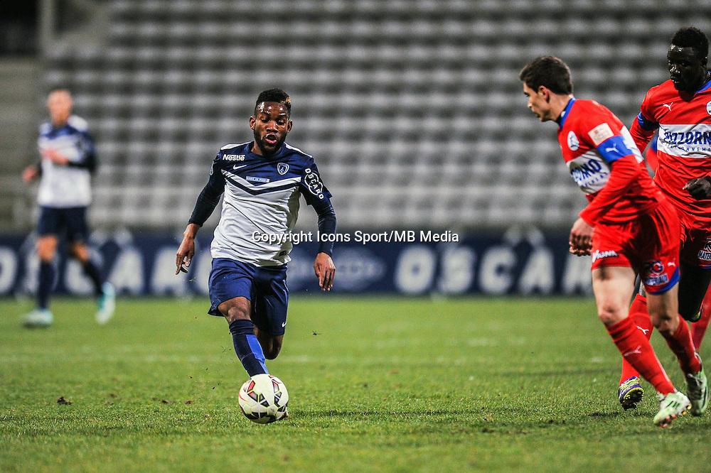 Rodrigue Bongongui  - 13.03.2015 - Paris FC / Frejus Saint Raphael - 24eme journee National<br />Photo : Anthony Dibon / Icon Sport