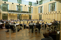 14 OCT 2004, BERLIN/GERMANY:<br /> Blick in den Saal, waehrend der Sitzung der Kommission von Bundestag und Bundesrat zur Modernisierung der bundesstaatlichen Ordnung, Plenarsaal des Bundesrates<br /> IMAGE: 20041014-01-036<br /> KEYWORDS: Bundesstaatskommission, Übersicht, Uebersicht