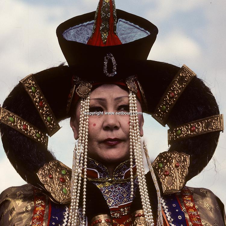 Mongolia. capital of the Gobi desert, folkloric dances and traditional dresses  dalanzadgad