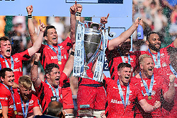 Brad Barritt of Saracens and Owen Farrell of Saracens lift the Gallagher Premiership Rugby Trophy after the final whistle of the match  - Mandatory by-line: Ryan Hiscott/JMP - 01/06/2019 - RUGBY - Twickenham Stadium - London, England - Exeter Chiefs v Saracens - Gallagher Premiership Rugby Final