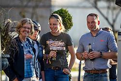 """ARNS-KROGMANN Christine, ARNS-KROGMANN Frank<br /> Fohlenversteigerung<br /> Charity-Showwettkampf mit Promis & Teilnehmern<br /> """"Reiten gegen Hunger""""<br /> Balve Optimum - Deutsche Meisterschaft Dressur 2020<br /> 19. September2020<br /> © www.sportfotos-lafrentz.de/Stefan Lafrentz"""