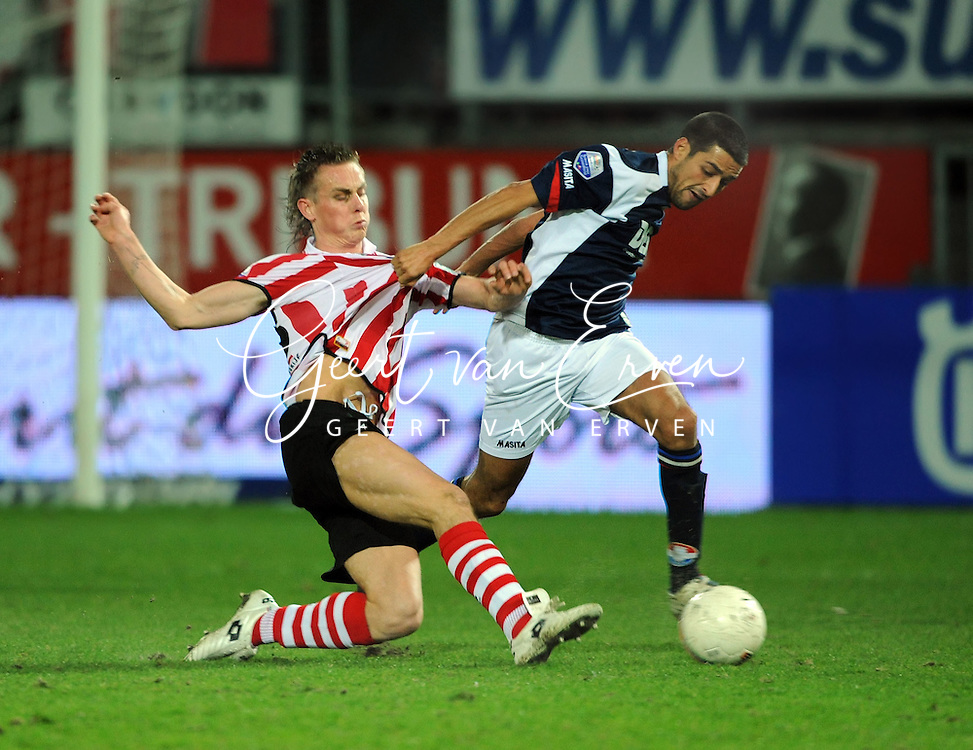 06-03-2009 Voetbal:Sparta Rotterdam:Willem II:Rotterdam<br /> Nathan Rutjes in duel met Mohamed Messoudi<br /> Foto: Geert van Erven