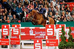LYNCH Denis (IRL), GC Chopin's Bushi<br /> Leipzig - Partner Pferd 2020<br /> Stechen<br /> Longines FEI Jumping World Cup™ presented by Sparkasse<br /> Sparkassen Cup - Großer Preis von Leipzig FEI Jumping World Cup™ Wertungsprüfung <br /> Springprüfung mit Stechen, international<br /> Höhe: 1.55 m<br /> 19. Januar 2020<br /> © www.sportfotos-lafrentz.de/Stefan Lafrentz