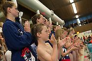 07-05-2014 : WATERPOLO : ZVL - GZC DONK : LEIDEN<br /> <br /> Line-up met de jeugd van ZVL waterpolo met vooraan Ilse Koolhaas van ZVL<br /> Play-offs Eredivisie Dames - Seizoen 2013/2014<br /> <br /> Foto: Gertjan Kooij