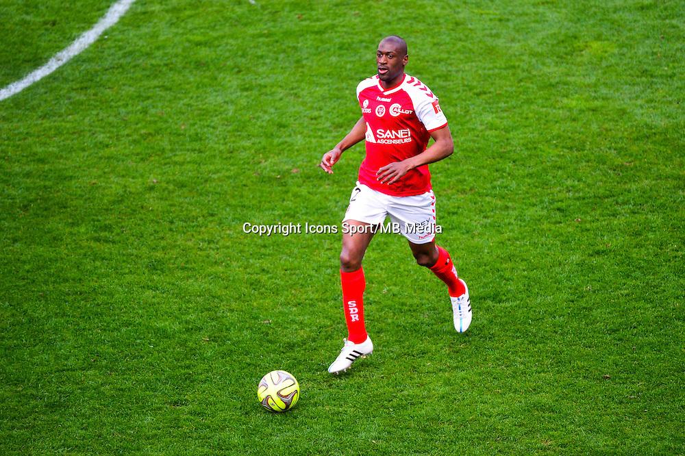 Mohamed FOFANA - 12.04.2015 - Reims / Nice - 32eme journee de Ligue 1 <br />Photo : Dave Winter / Icon Sport