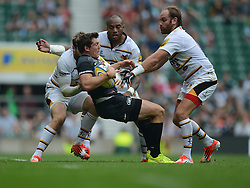 Saracens Full Back Alex Goode gets tackled by Wasps Fly-Half Andy Goode- Photo mandatory by-line: Alex James/JMP - 07966 386802 - 06/09/2014 - SPORT - RUGBY UNION - London, England - Twickenham Stadium - Saracens v Wasps - Aviva Premiership London Double Header.