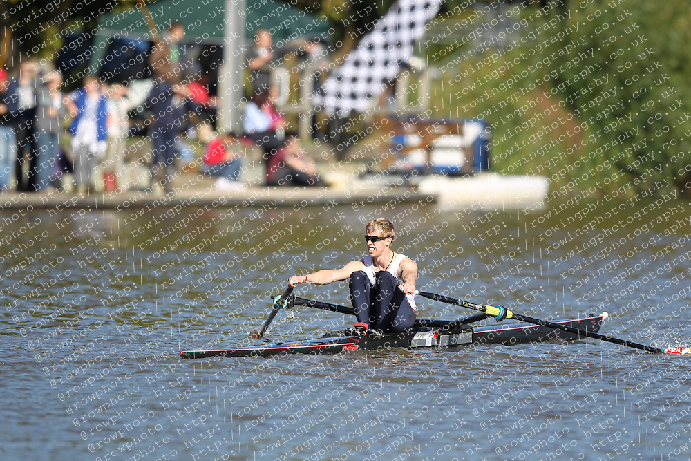 29.09.2012. Wallingford Long Distance Sculls 2012, The River Thames. Division 1. Sen 1x. Tideway Scullers School.