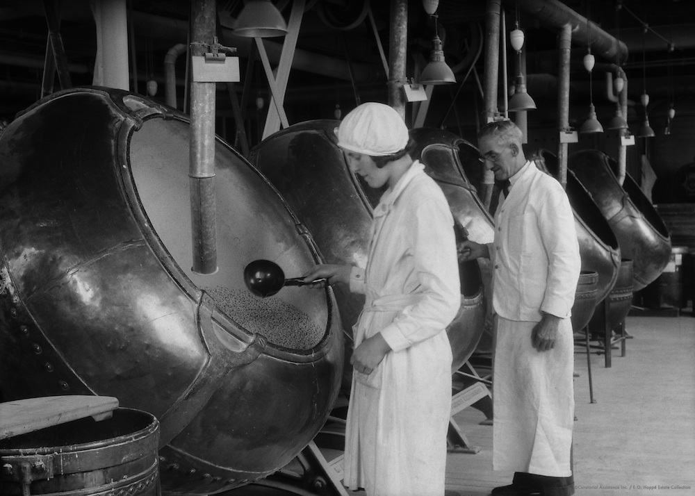 Workers and tablet coating machines, Boots Pharmaceuticals, England, 1931