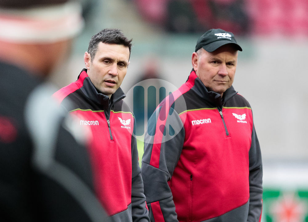 Scarlets' Head Coach Wayne Pivac with Coach Stephen Jones during the pre match warm up<br /> <br /> Photographer Simon King/Replay Images<br /> <br /> EPCR Champions Cup Round 3 - Scarlets v Benetton Rugby - Saturday 9th December 2017 - Parc y Scarlets - Llanelli<br /> <br /> World Copyright © 2017 Replay Images. All rights reserved. info@replayimages.co.uk - www.replayimages.co.uk