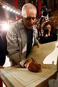 DESCRIZIONE : Varese Lega A 2009-10 Stelle per un sorriso Premiazione Manuel Raga<br /> GIOCATORE : Manuel Raga<br /> SQUADRA : <br /> EVENTO : Campionato Lega A 2009-2010 <br /> GARA : Stelle per un sorriso Premiazione Manuel Raga<br /> DATA : 12/03/2010<br /> CATEGORIA : Ritratto Premiazione<br /> SPORT : Pallacanestro <br /> AUTORE : Agenzia Ciamillo-Castoria/G.Cottini<br /> Galleria : Lega Basket A 2009-2010 <br /> Fotonotizia : Varese Campionato Italiano Lega A 2009-2010 Stelle per un sorriso Premiazione Manuel Raga<br /> Predefinita :