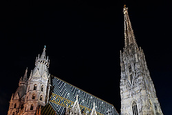 THEMENBILD - Stephansdom bei Nacht, aufgenommen am 03. Juli 2017, Wien, Österreich // St. Stephen's Cathedral at night, Vienna, Austria on 2017/07/03. EXPA Pictures © 2017, PhotoCredit: EXPA/ JFK