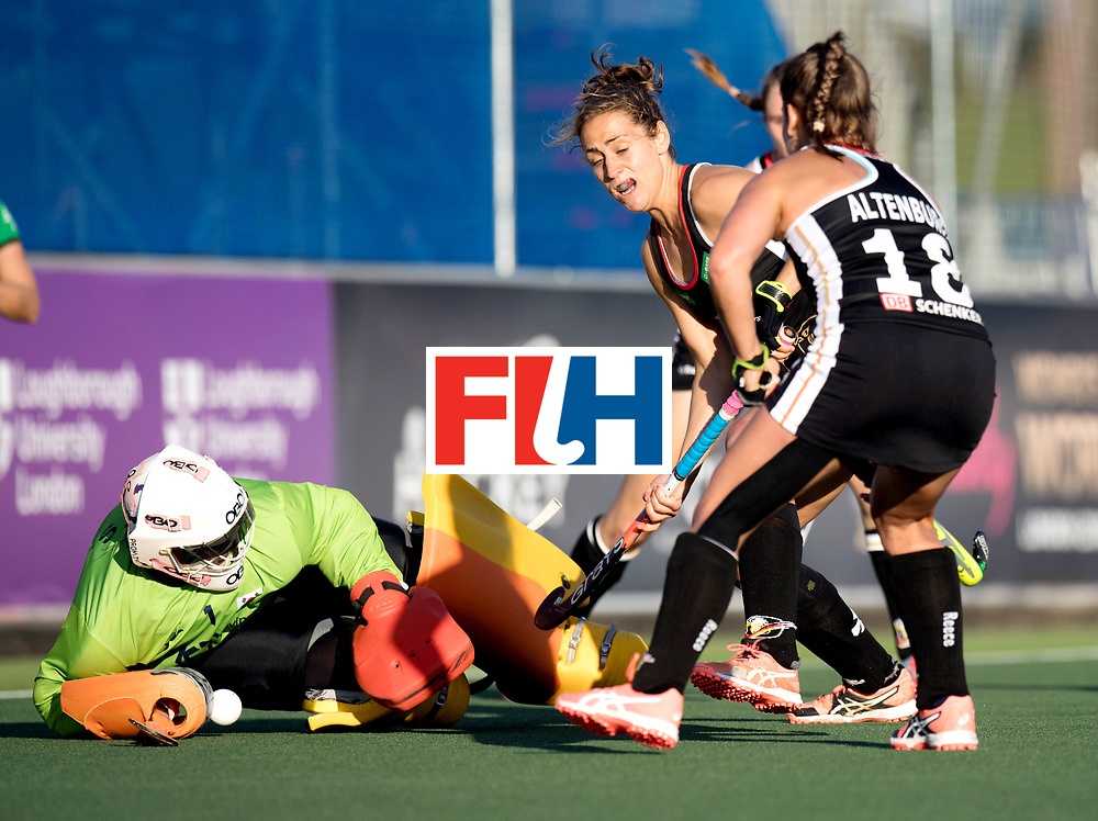 AUCKLAND - Sentinel Hockey World League final women<br /> Match id: 10303<br /> 13 GER v KOR (QF) 3-3<br /> Korea in to semi after shoot out.<br /> Foto:  Marie M&auml;vers and Lisa Altenburg(C) stopped by Soo Ji Jang (Gk) <br /> WORLDSPORTPICS COPYRIGHT FRANK UIJLENBROEK