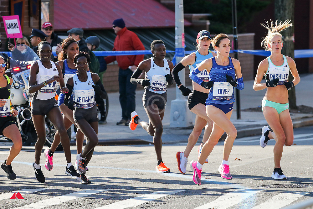 lead women in Brooklyn, <br /> Pashley and Diver run off course<br /> TCS New York City Marathon 2019